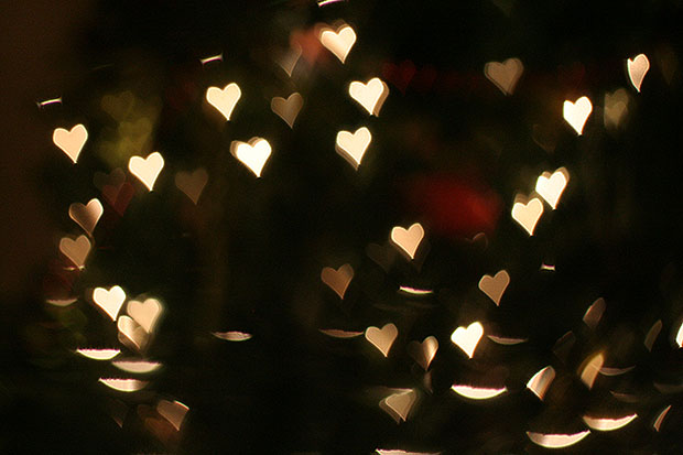 Fairy light heart bokeh