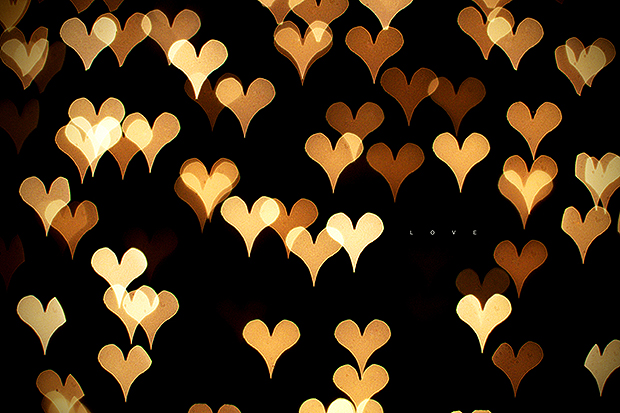 White and yellow heart bokeh