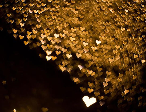 Lots of tiny heart shaped lights from raindrops