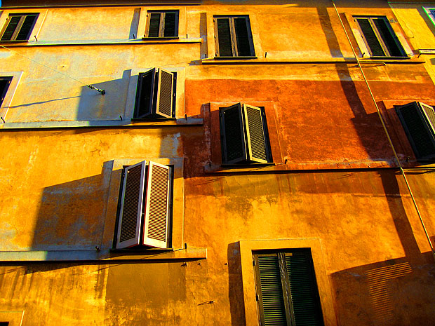 Sunlit wall in Rome